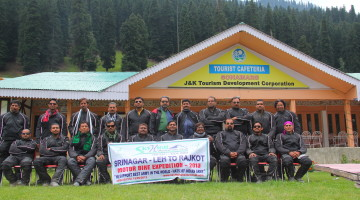 SRINAGAR-LEH-RAJKOT  WORLD_RECORDS_INDIA