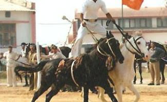 mahesh_sharma_Horse_rider