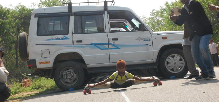 ChiGDevisriPrasad_skating_world_record_tirupati