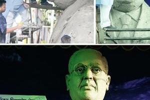 Pramod_Kamble_statue_pune_babasaheb