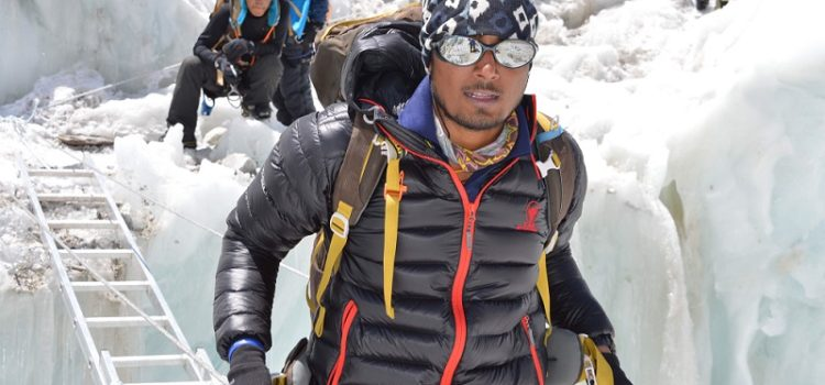 narenderrao_everest_mountaineering_record