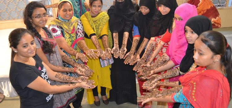 Sufiya_Reshamwala_Mehndi_World_Record_Ahmedabad