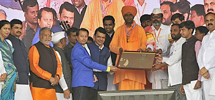 Ramjigiri_Maharaj_170_saptah_Paavan_Solanki