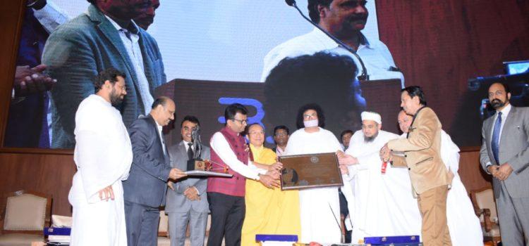 World_Records_India_Aneel_Murarka_Ample_Mission_Mumbai_Maharashtra