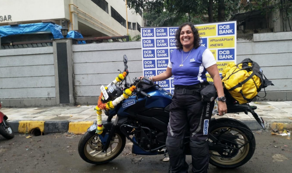 Shilpa_Bike_Rider_Mumbai_Maharashtra_World_Record