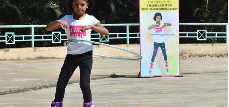 Stuti_Kishor_Kulkarni_Hula_hoop_skating_record_Hubli_Karnataka