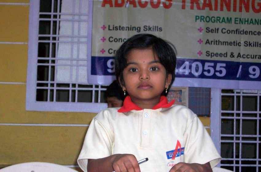 YOUNGEST CHILD TO GET GRADUATION CERTIFICATE IN ABACUS & MENTAL ARITHMETIC TRAINING PROGRAM