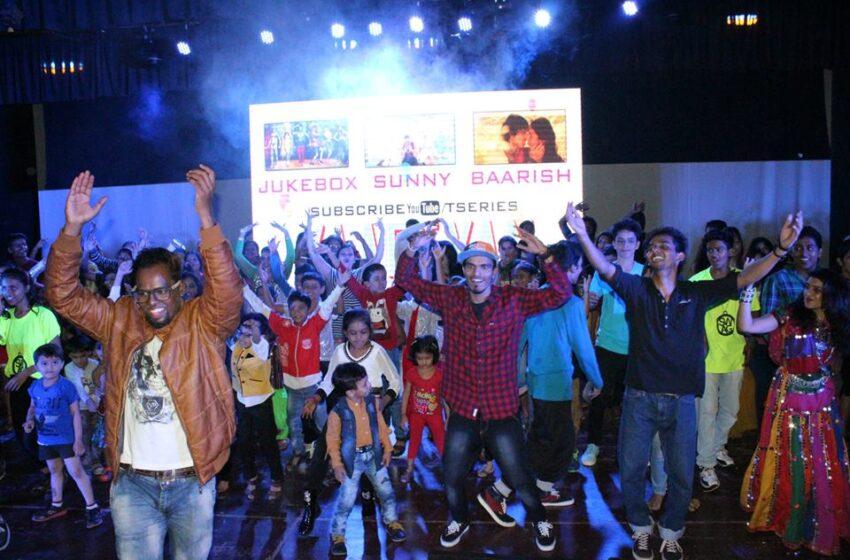 MOST PEOPLE DANCE IN INDOOR FLASH MOB