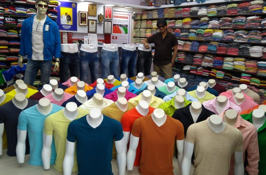MOST MANNEQUINS DISPLAYED IN SINGLE OUTLET