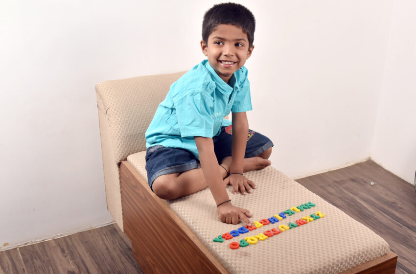 YOUNGEST TO RECITE FASTEST REVERSE ABCD