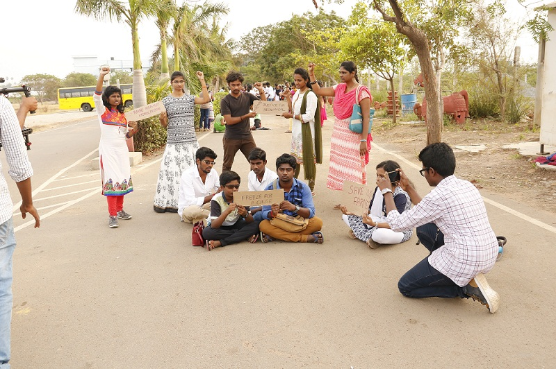 MOST NUMBER OF STUDENTS PARTICIPATED IN MANNEQUIN CHALLENGE