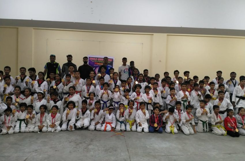 MAXIMUM STUDENT PERFORMED TAEKWONDO/ KARATE FRONT LEG KICK ON SAME TIME MULTIPLE VENUE