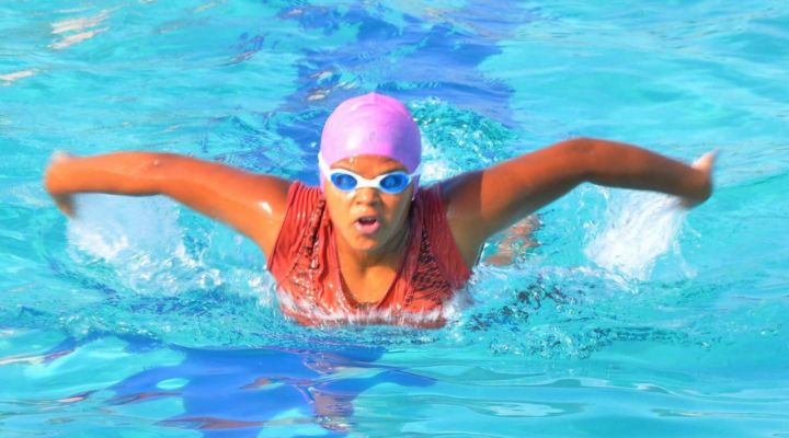TEENAGER TO PERFORMED 12 HOUR NON-STOP SWIMMING