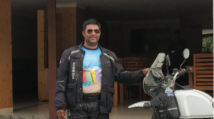 FIRST SOLO RIDER TO COMPLETED RIDE AROUND NARMADA RIVER