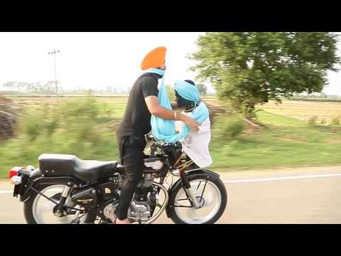FASTEST TO TIED TURBAN WHILE RUNNING BIKE