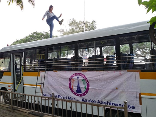NON STOP ONE LEG ROTATION EXERCISE ON BUS ROOFTOP
