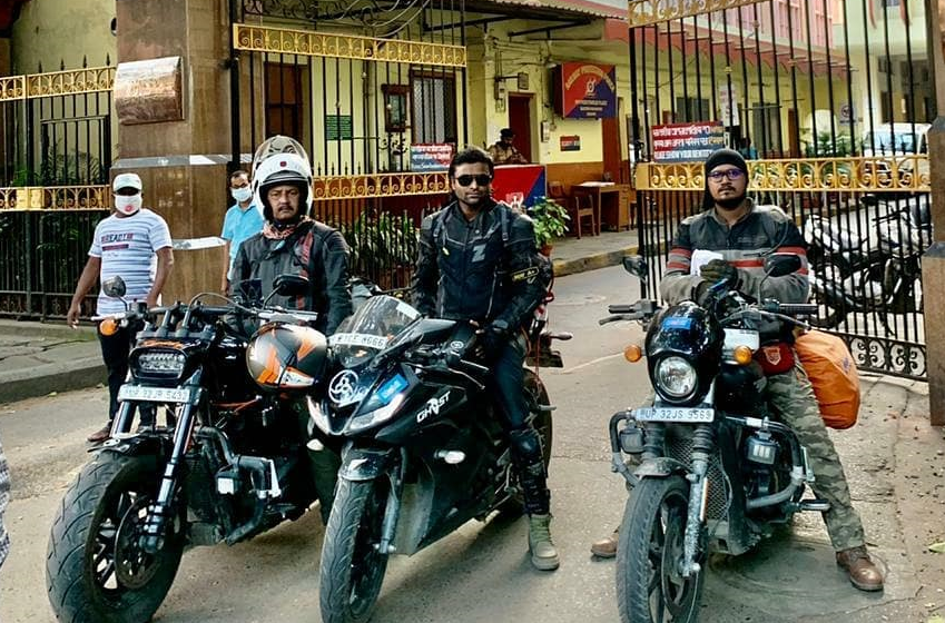 FIRST BIKER GROUP OF INDIA: RODE ALL ZONAL HEADQUARTERS OF INDIAN RAILWAYS IN SINGLE JOURNEY