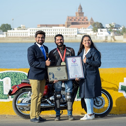 FASTEST ROAD BIKE RIDING BY SPECIALLY ABLE RIDER