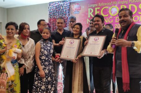 LONGEST BOLLYWOOD HIT SINGING MARATHON BY DUAL SINGERS