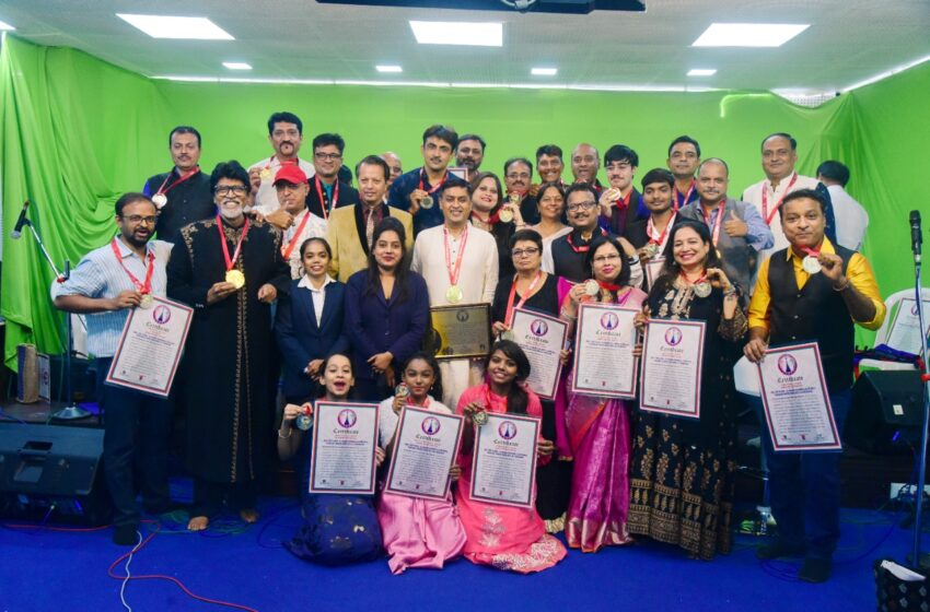 FIRST TIME IN INDIA – 32 SINGERS PERFORMED 32 DIFFERENT LEGENDARY SINGERS' SONGS WITH LIVE ORCHESTRA